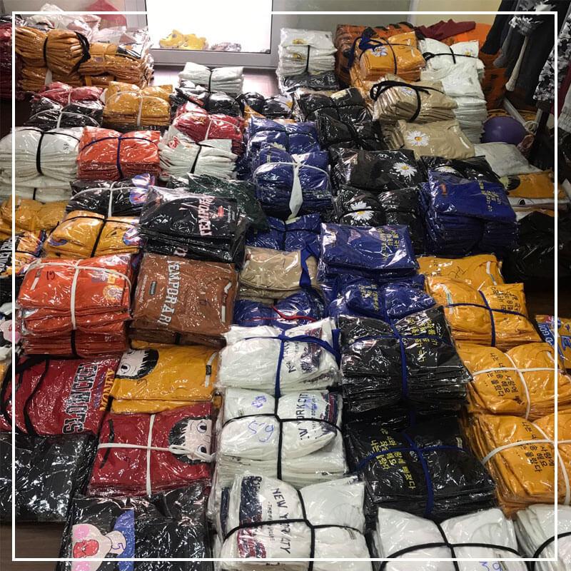 Áo thun unisex secondhand hay hàng thùng nói chung đa số đều được lấy trực tiếp từ Campuchia.