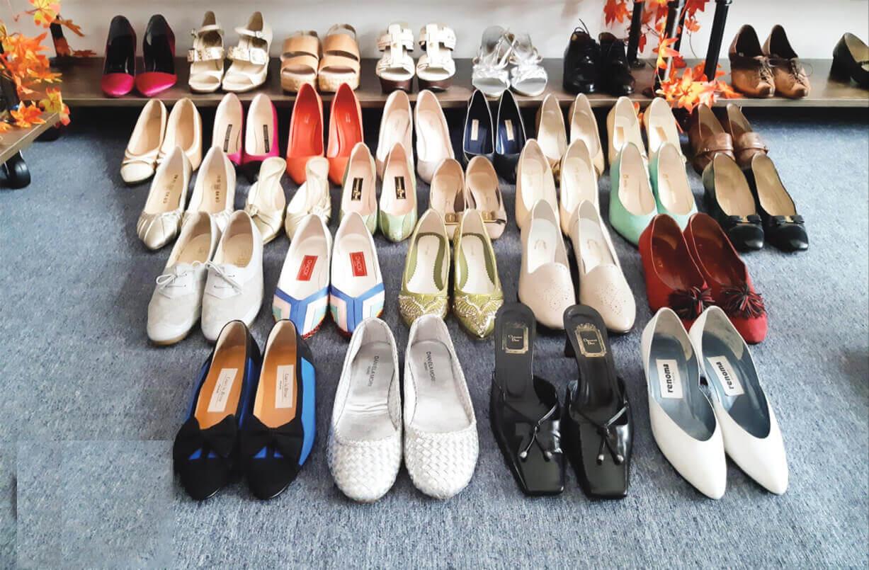 Giày secondhand nữ là mặt hàng giày secondhand bán chạy nhất, có thể nói là chiếm tới 60% thị trường giày secondhand vì các chị em luôn là tín đồ lớn của việc shopping