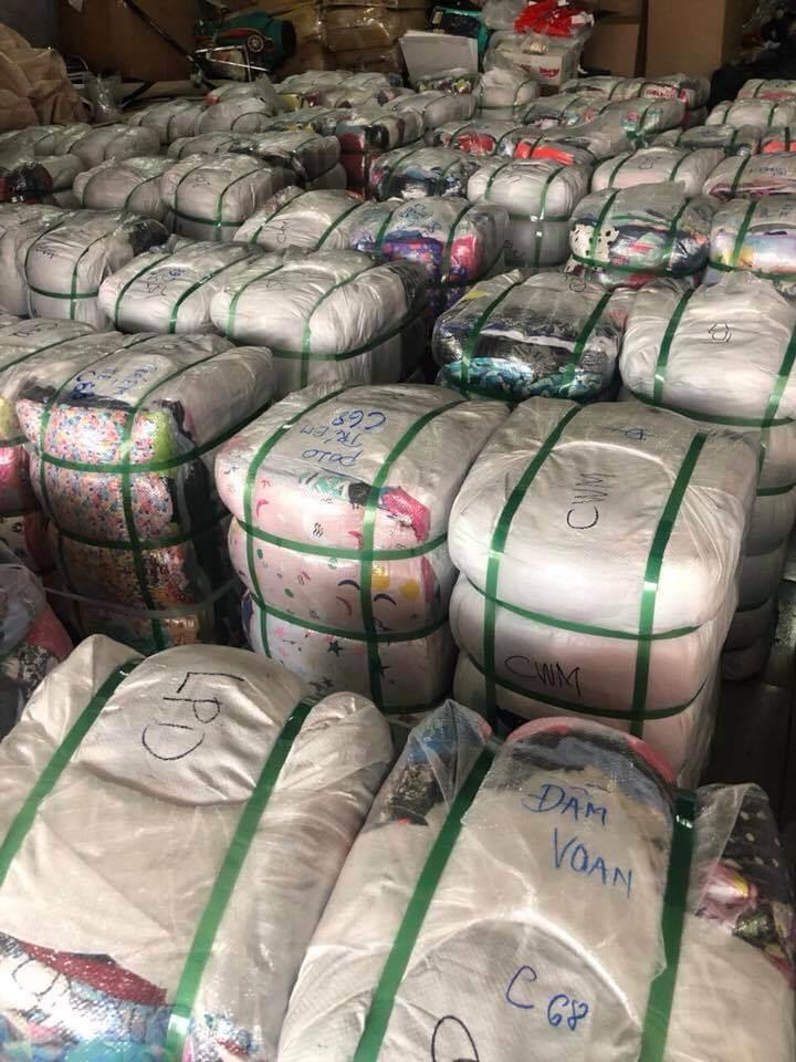 Hàng thùng thường được thu gom từ nhiều nước trên thế giới như Hàn, Nhật, Mỹ, Hong Kong, Úc, Canada