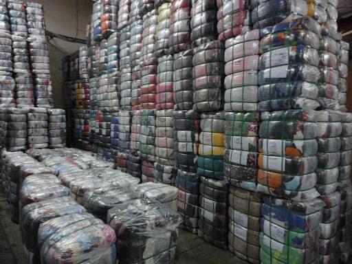 Áo khoác dạ hàng thùng mà hangkiencampuchia.com đang kinh doanh có nguồn gốc xuất xứ từ Hàn Quốc và Nhật Bản