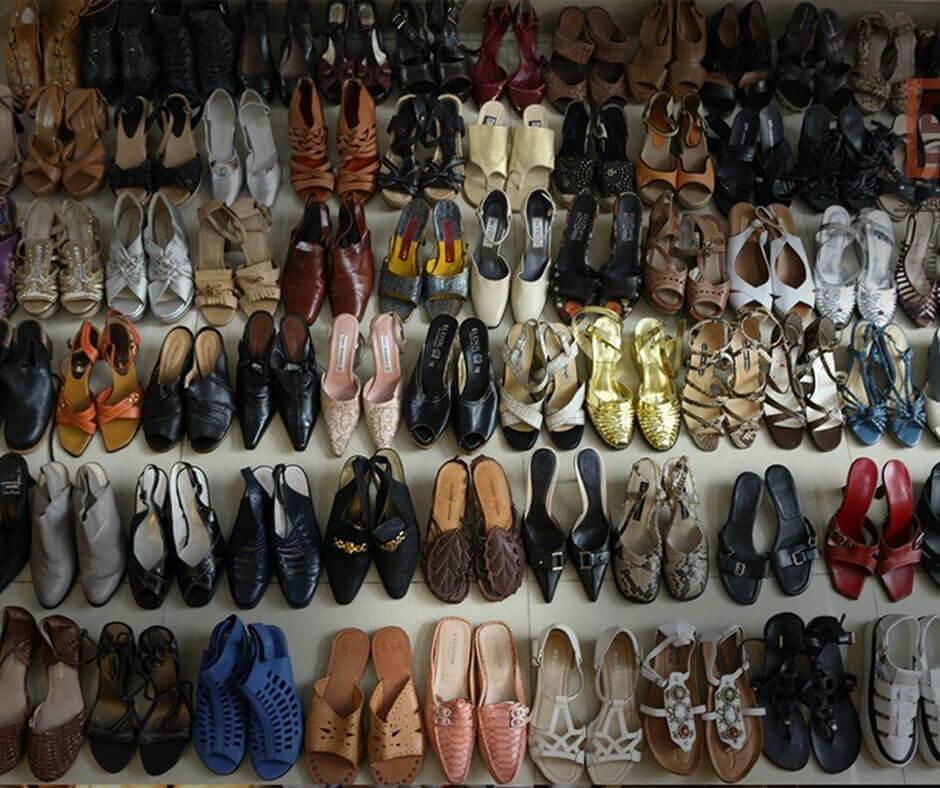 So với giày dép mới thì giày hàng thùng lại càng mang về lợi nhuận khủng, một vốn bốn lời