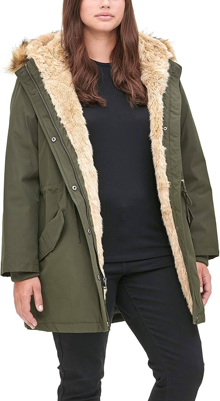 Nếu bạn vẫn chưa có ý tưởng nào thì hãy thử tham khảo mặt hàng áo khoác Parka hàng thùng siêu hot mà hangkiencampuchia.com đang có sẵn