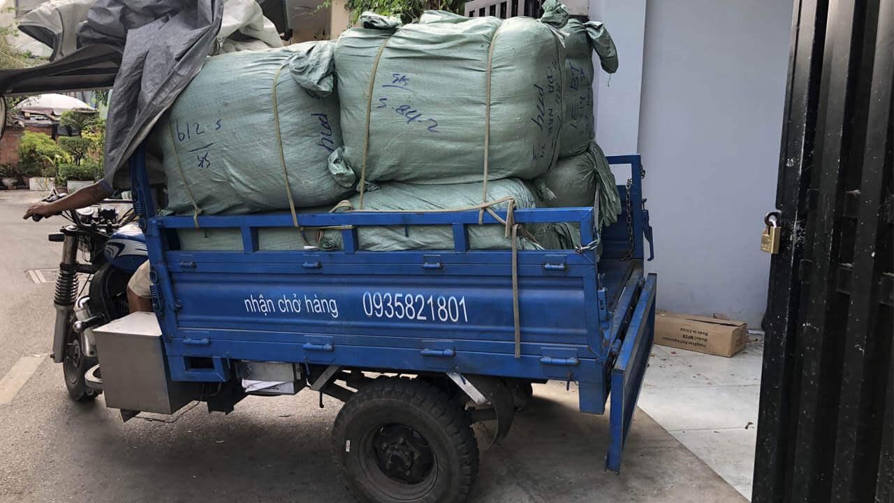 Hàng được đóng nguyên thùng và được các kho hàng ở Cam nhập khẩu từ Nhật với nguồn gốc rõ ràng, thông tin lô hàng đầy đủ.