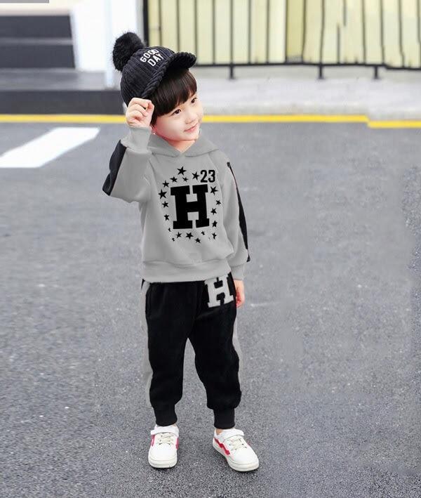 Nhật, Hàn cũng là 2 quốc gia nổi tiếng với thời trang trẻ em cực kì chất lượng, mẫu mã đẹp, chất vải lại mềm mại, an toàn với trẻ nhỏ